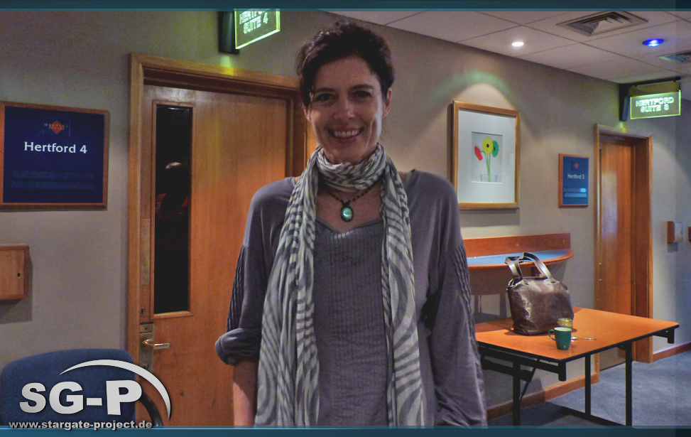 Interview-Galerie - Torri Higginson 2011