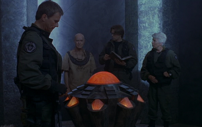 Stargate SG-1 - Lexikon - Datenbank von Heliopolis 1