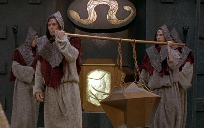 Stargate SG-1 - Lexikon - Goa'uld Priester 1