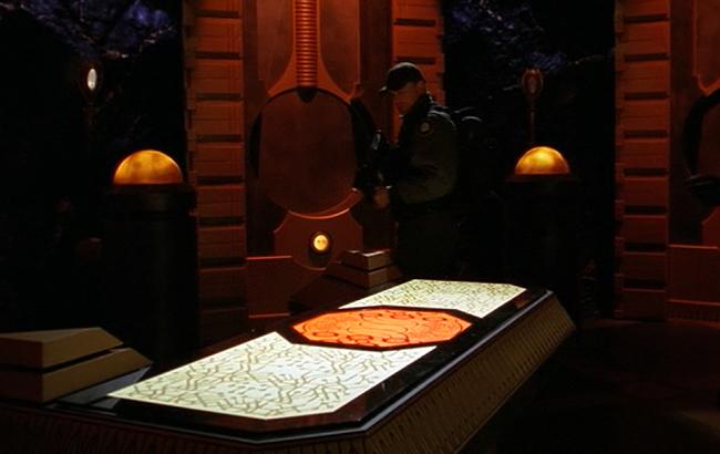 Stargate SG-1 - Lexikon - Hanka / PX8-987 - Nirrtis Labor 1