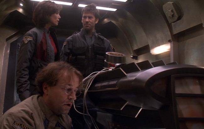 Stargate: Atlantis - Lexikon - Antiker Puddlejumper Raum-Zeit-Modul 1