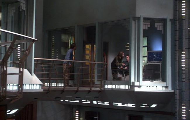 Stargate: Atlantis - Lexikon - Atlantis Dr. Elizabeth Weirs Büro 1