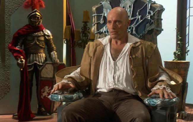 Stargate: Atlantis - Lexikon - Turm Kontrollstuhl 1