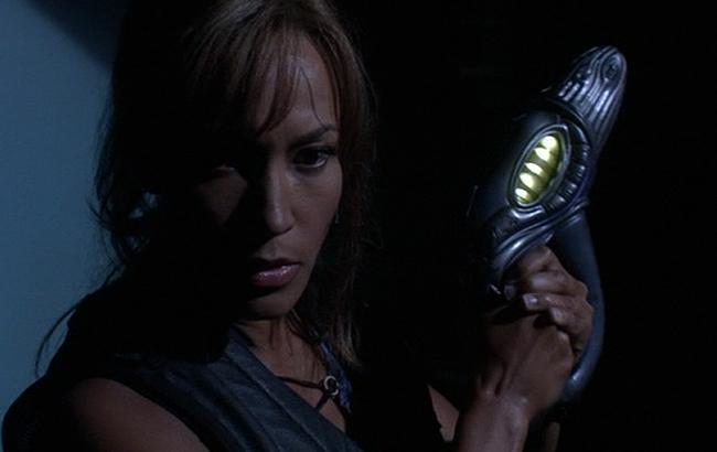 Stargate: Atlantis - Lexikon - Wraith Mini-Blaster Stunner Handblaster 1