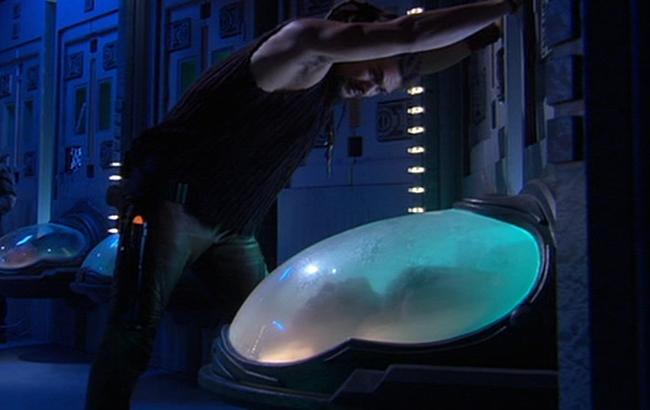 Stargate: Atlantis - Lexikon - Aurora Stasiskapsel 2