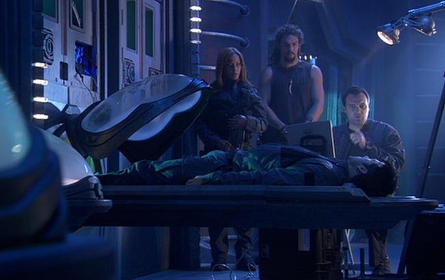 Stargate: Atlantis - Lexikon - Aurora Stasiskapsel 4