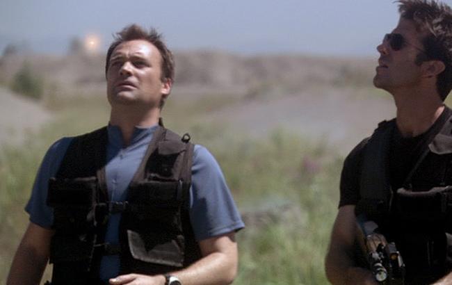 Lexikon - Stargate: Atlantis - Der Überlebende Glühwürmchen - 1