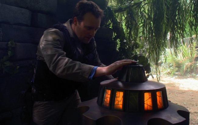 Stargate: Atlantis - Lexikon - Antiker EM Feld Generator 2