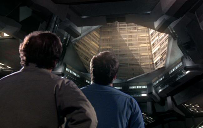 Stargate: Atlantis - Lexikon - Dachöffnung / Luke 1
