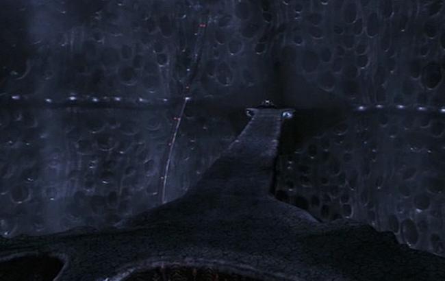 Stargate: Atlantis - Lexikon - Wraith Basisschiff Hive Hangar 1