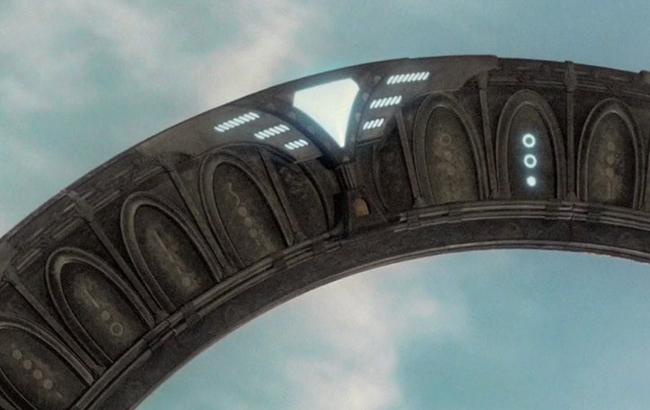 Stargate - Lexikon - Stargate Universe Sternentor Chevron 1