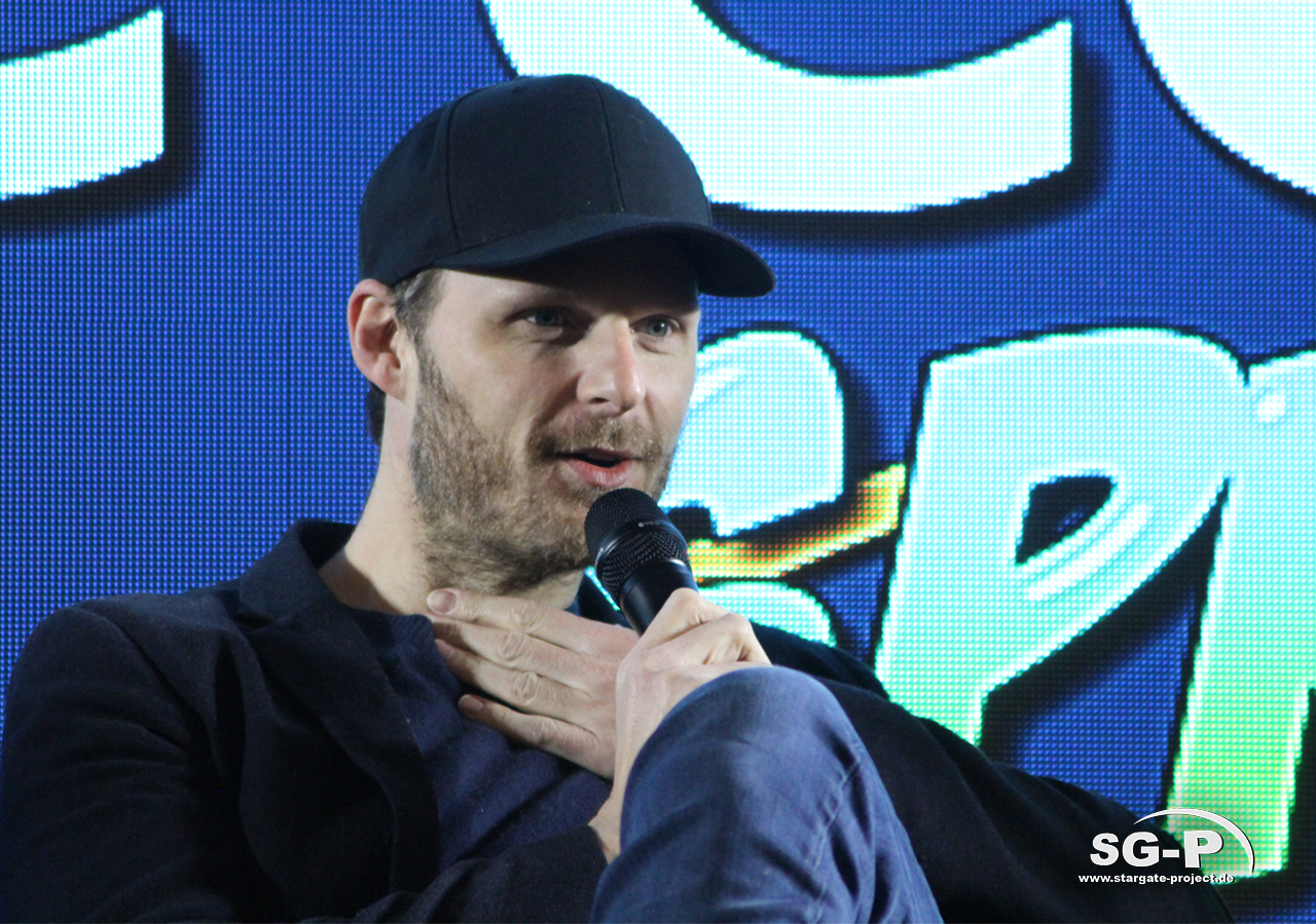 London Comic Con Spring 2020 - 4 -Merlin Rupert Young 1