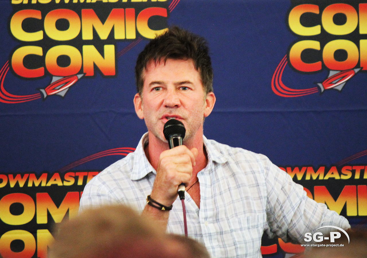 London Film and Comic Con 2019 - Joe Flanigan 10