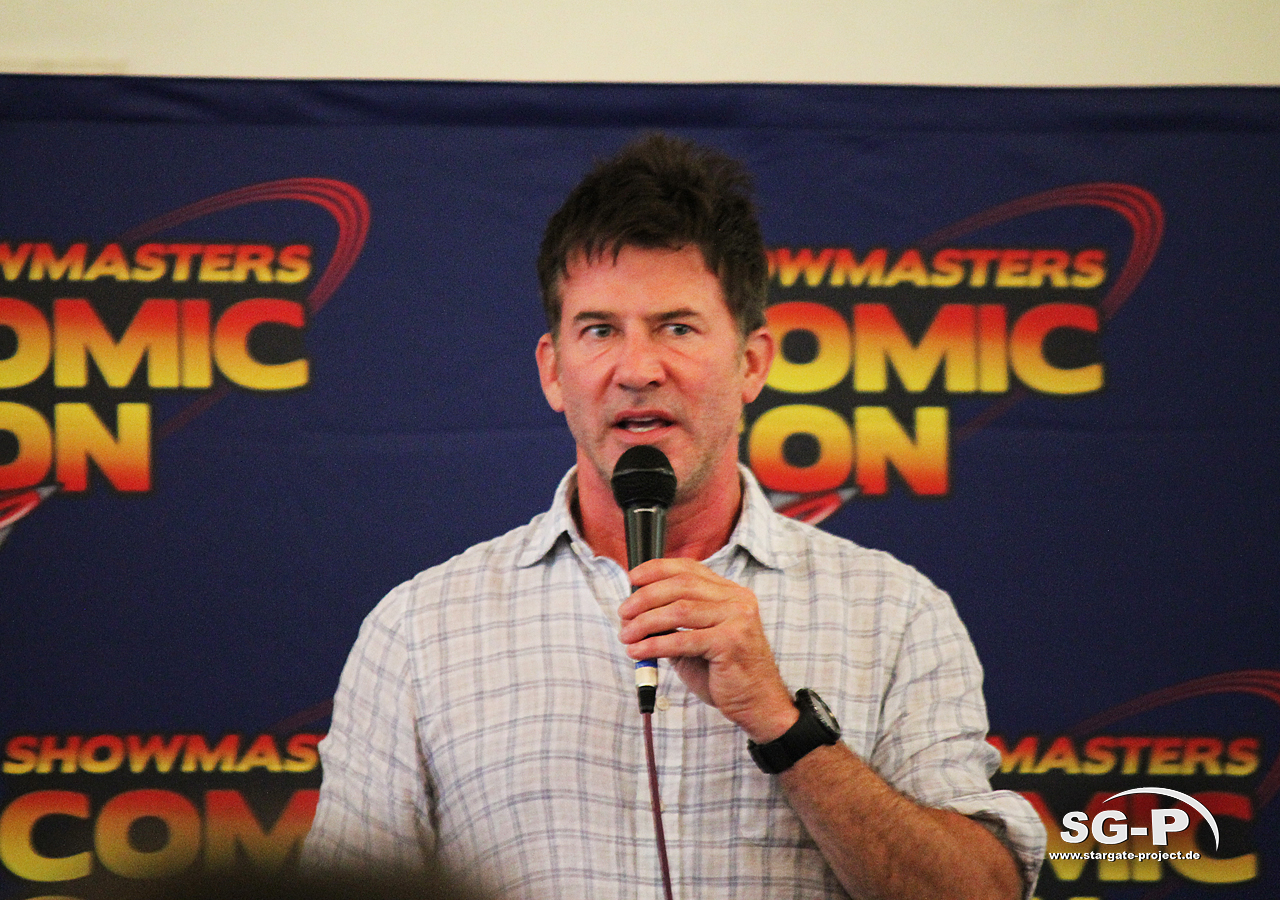 London Film and Comic Con 2019 - Joe Flanigan 11