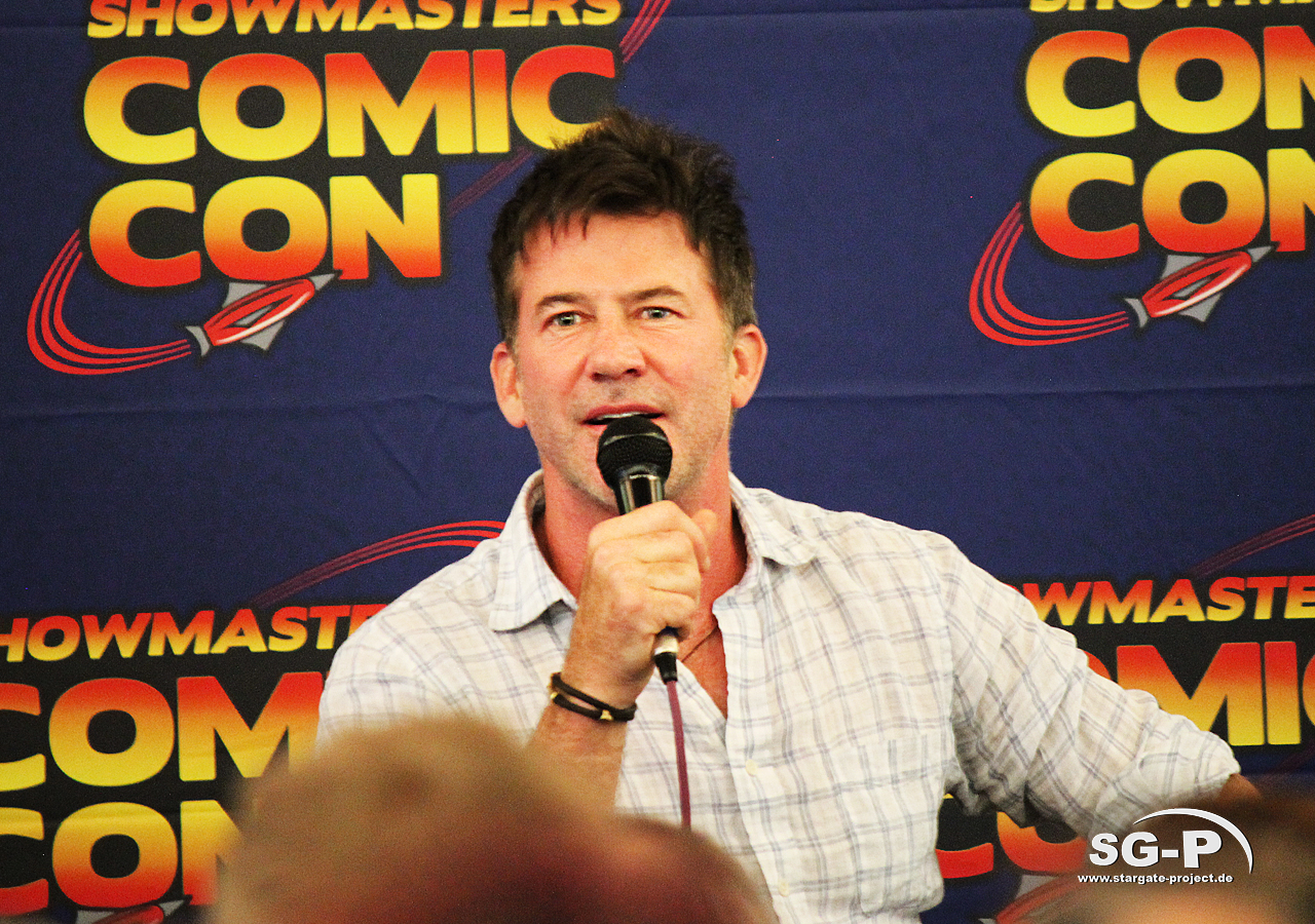 London Film and Comic Con 2019 - Joe Flanigan 9