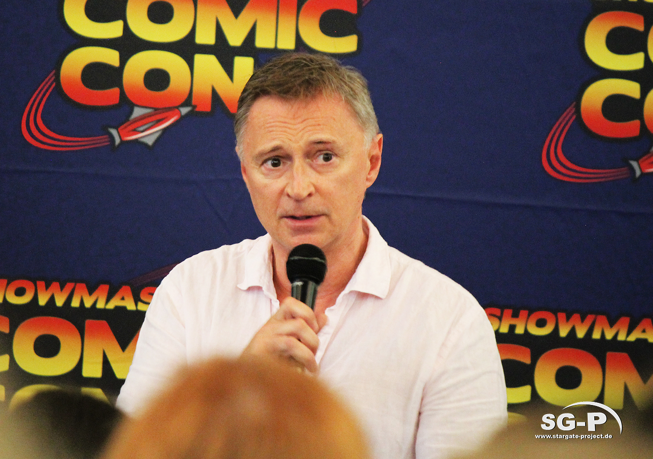 London Film and Comic Con 2019 - Robert Carlyle 13