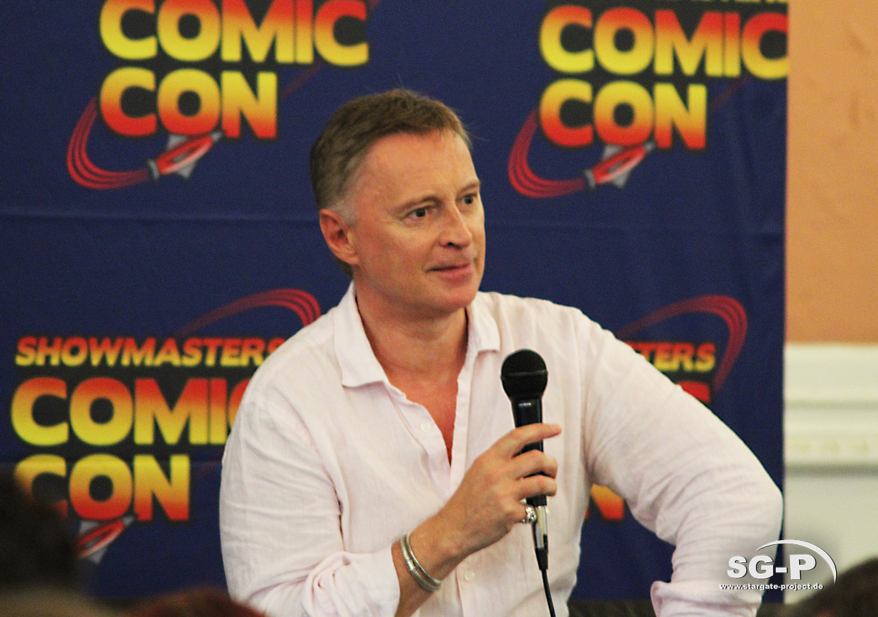 London Film and Comic Con 2019 - Robert Carlyle 2