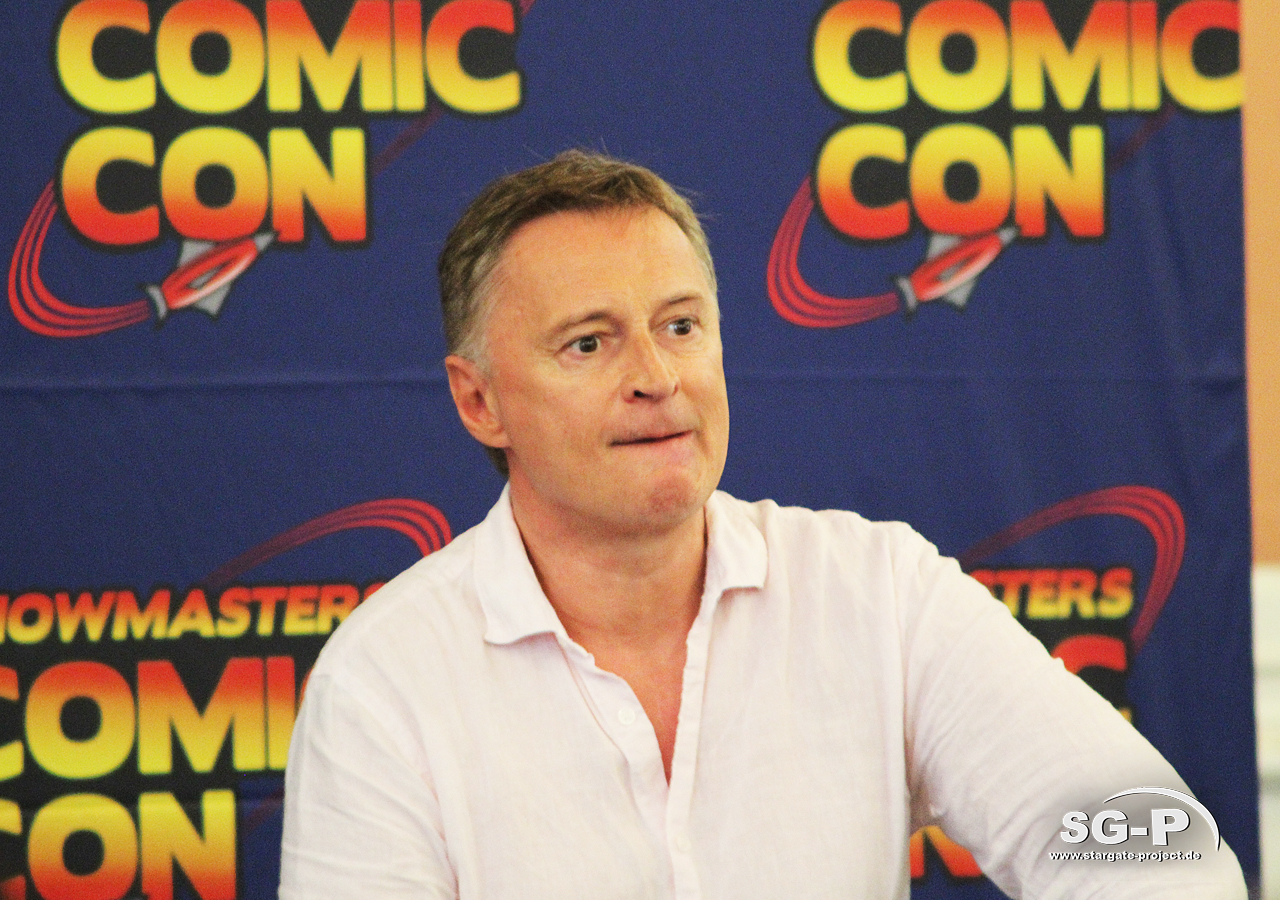 London Film and Comic Con 2019 - Robert Carlyle 6