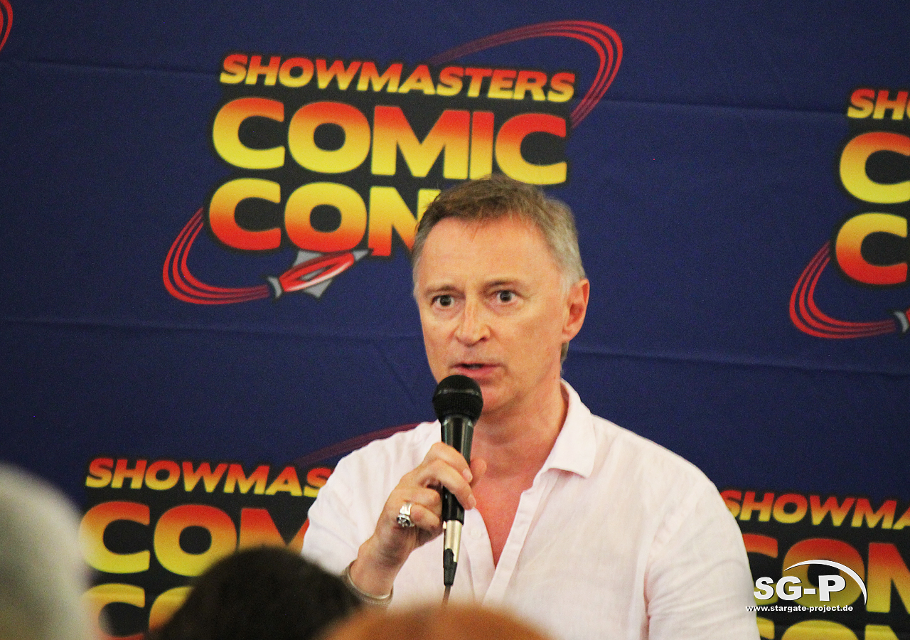 London Film and Comic Con 2019 - Robert Carlyle 9