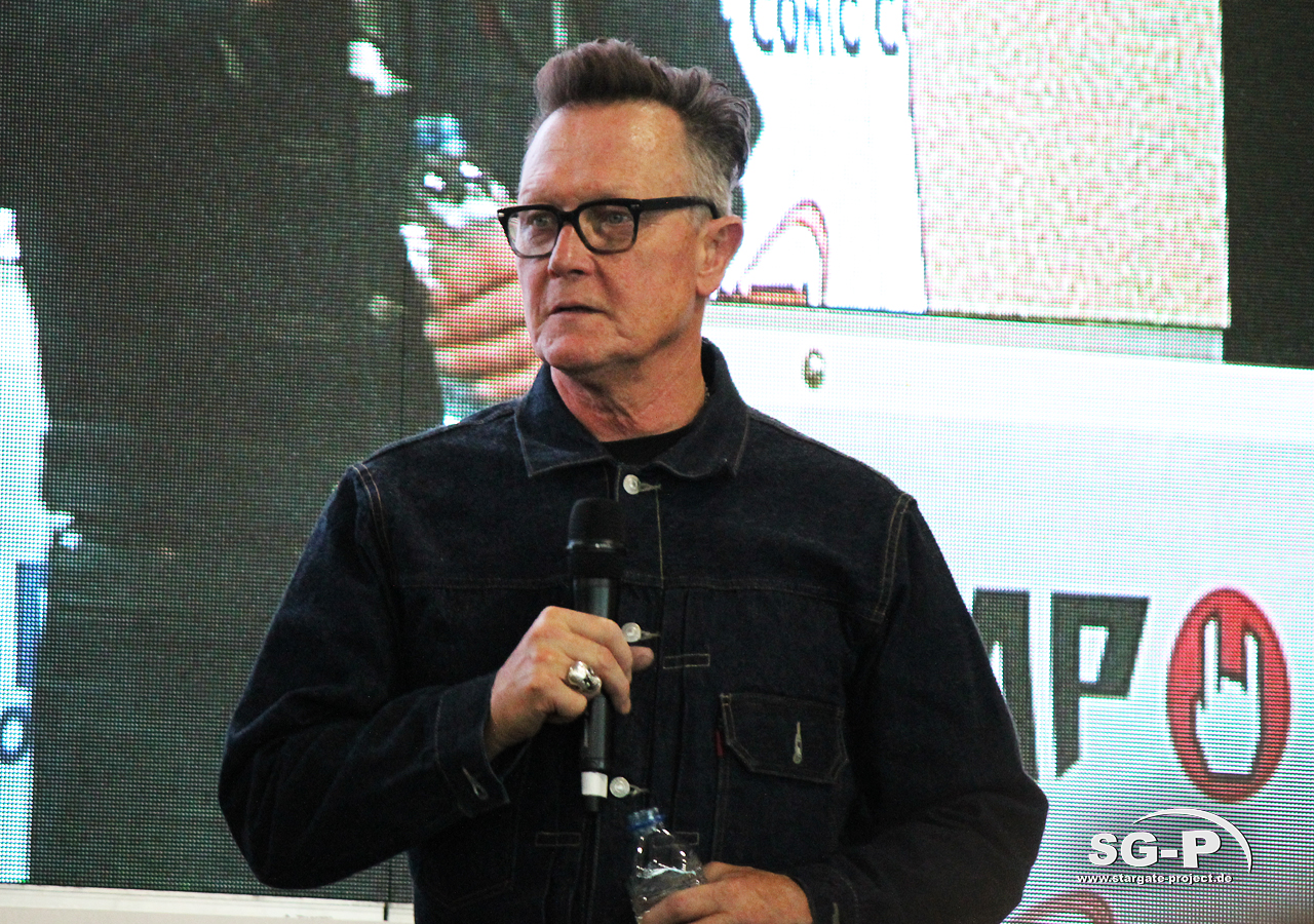 London Film and Comic Con 2019 - Robert Patrick 15