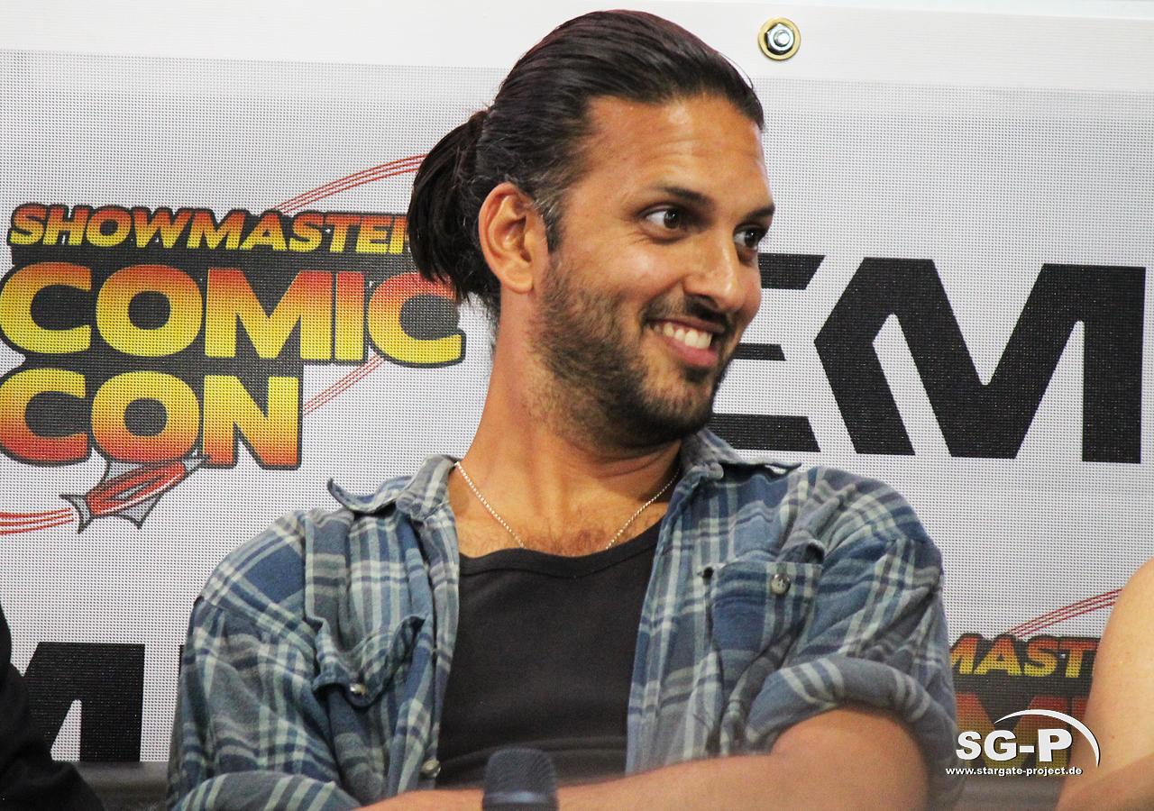 London Film and Comic Con 2019 - Star Trek - Shazad Latif 17